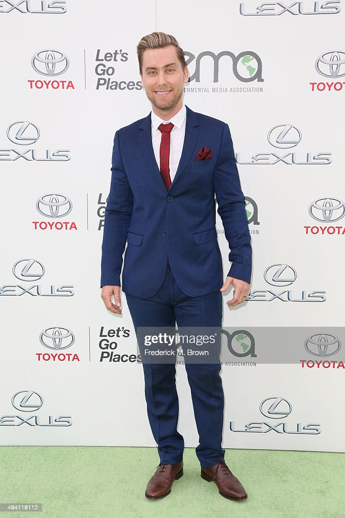 Host Lance Bass attends the 25th annual EMA Awards presented by Toyota and Lexus and hosted by the Environmental Media Association at Warner Bros. Studios on October 24, 2015 in Burbank, California.