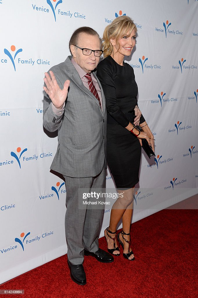 Host Larry King and actress Shawn King attend the Venice Family Clinic Silver Circle Gala 2016 honoring Brett Ratner and Bill Flumenbaum at The Beverly Hilton Hotel on March 7, 2016 in Beverly Hills, California.