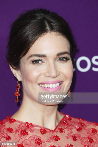 Host Mandy Moore attends The 19th CDGA with Presenting Sponsor LACOSTE at The Beverly Hilton Hotel on February 21 2017 in Beverly Hills California