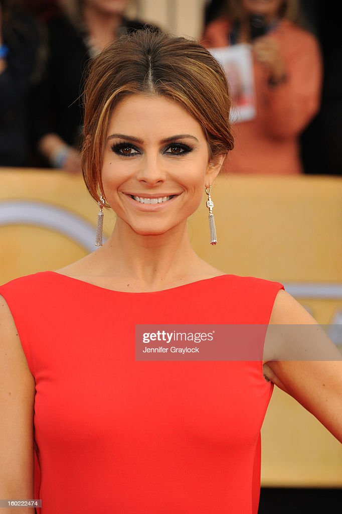 TV Host Maria Menounos arrives at the 19th Annual Screen Actors Guild Awards held at The Shrine Auditorium on January 27, 2013 in Los Angeles, California.