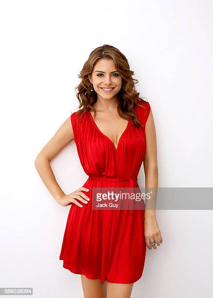 TV host Maria Menounos is photographed in 2007
