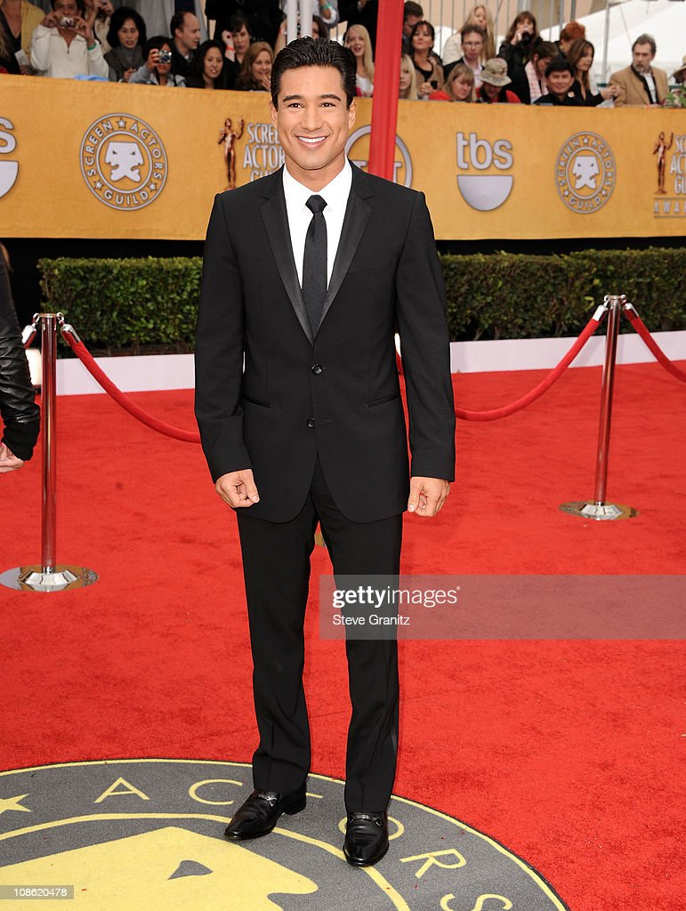 TV host Mario Lopez arrives at the 62nd Annual Primetime Emmy Awards held at the Nokia Theatre L.A. Live on August 29, 2010 in Los Angeles, California.