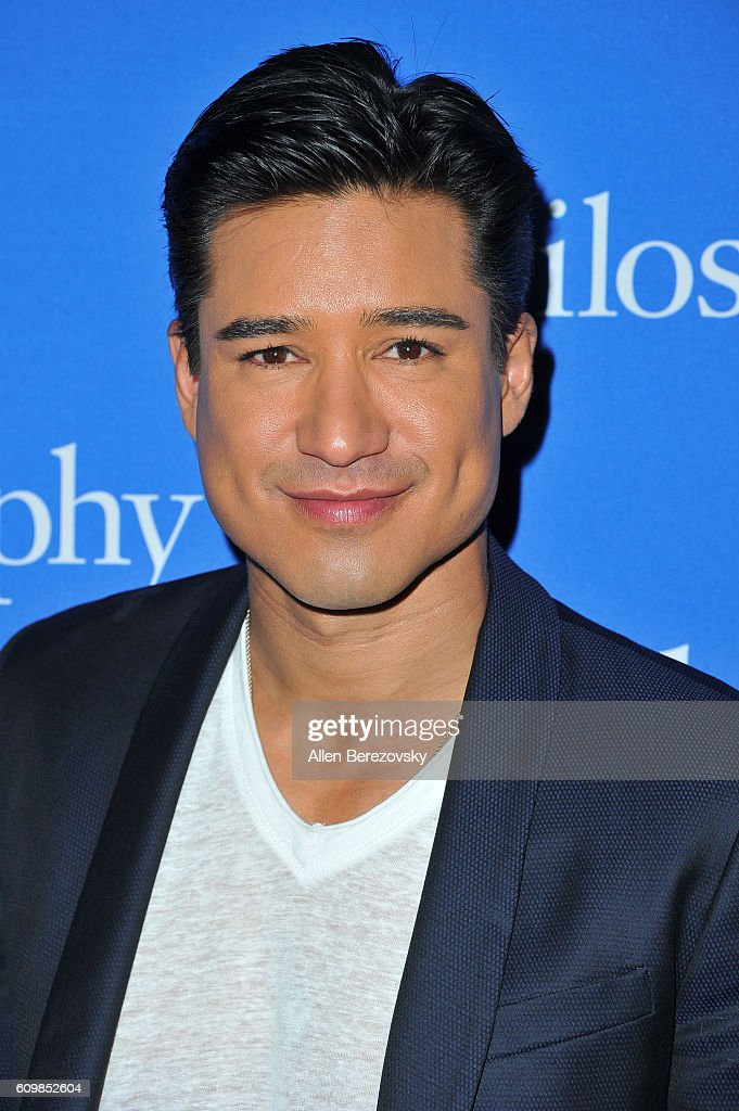 TV host Mario Lopez attends the 'Welcome to the Age of Cool' event hosted by Philosophy and Ellen Pompeo on September 22, 2016 in West Hollywood, California.