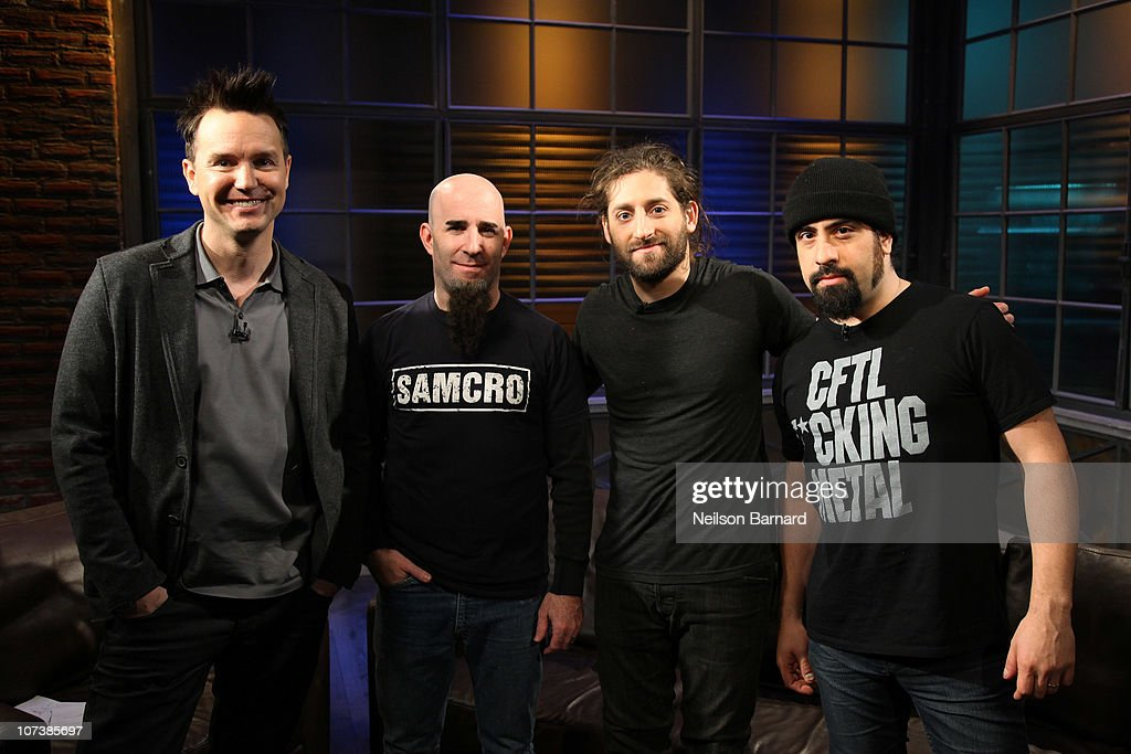 Host Mark Hoppus with Scott Ian, Joe Trohman and Rob Caggiano of the band 'The Damned Things' visit 'A Different Spin with Mark Hoppus' at fuse Studios on December 7, 2010 in New York City.