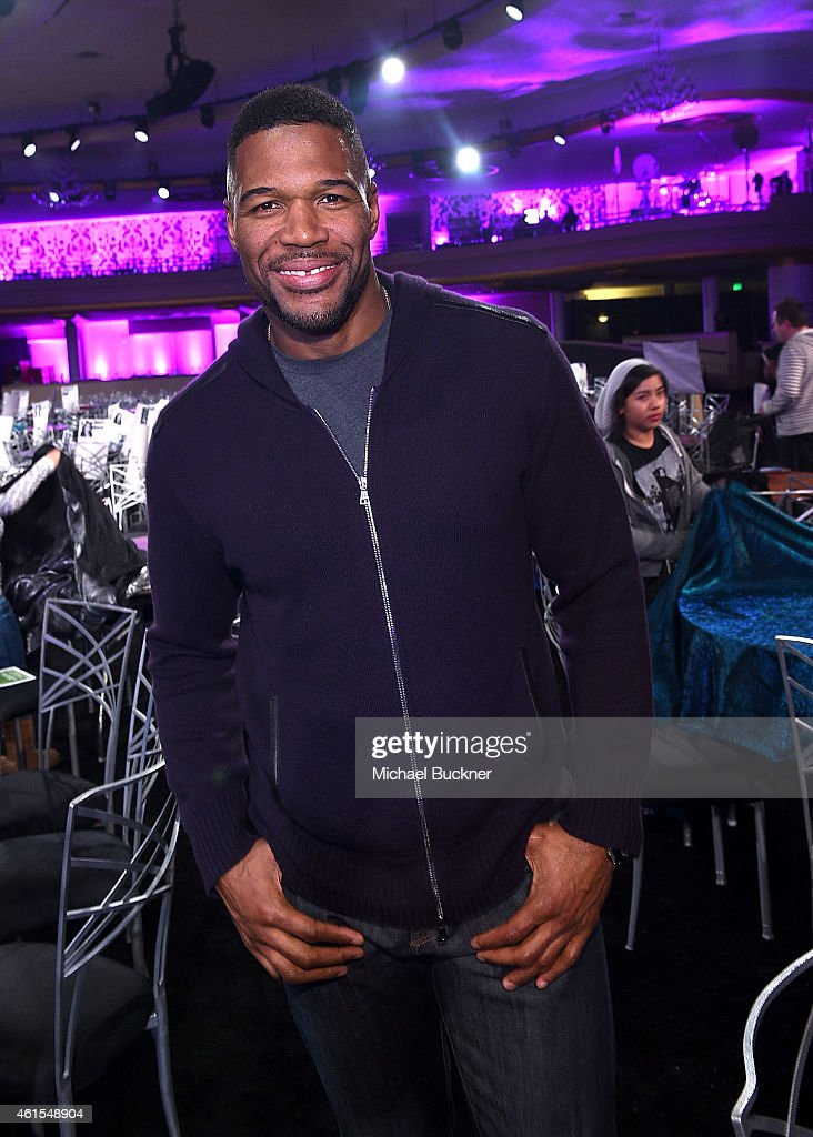 Host <a gi-track='captionPersonalityLinkClicked' href=/galleries/search?phrase=Michael+Strahan&family=editorial&specificpeople=210563 ng-click='$event.stopPropagation()'>Michael Strahan</a> attends the 20th Annual Critics' Choice Movie Awards at the Hollywood Palladium on January 14, 2015 in Los Angeles, California.