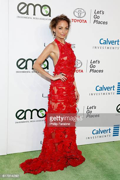 Host Nicole Richie attends the Environmental Media Association 26th Annual EMA Awards Presented By Toyota Lexus And Calvert at Warner Bros Studios on...
