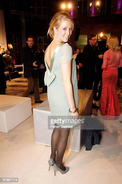 TV host Nina Eichinger attends the 'Deutscher Hoerfilmpreis 2010' at the atrium of the German Bank on March 23 2010 in Berlin Germany