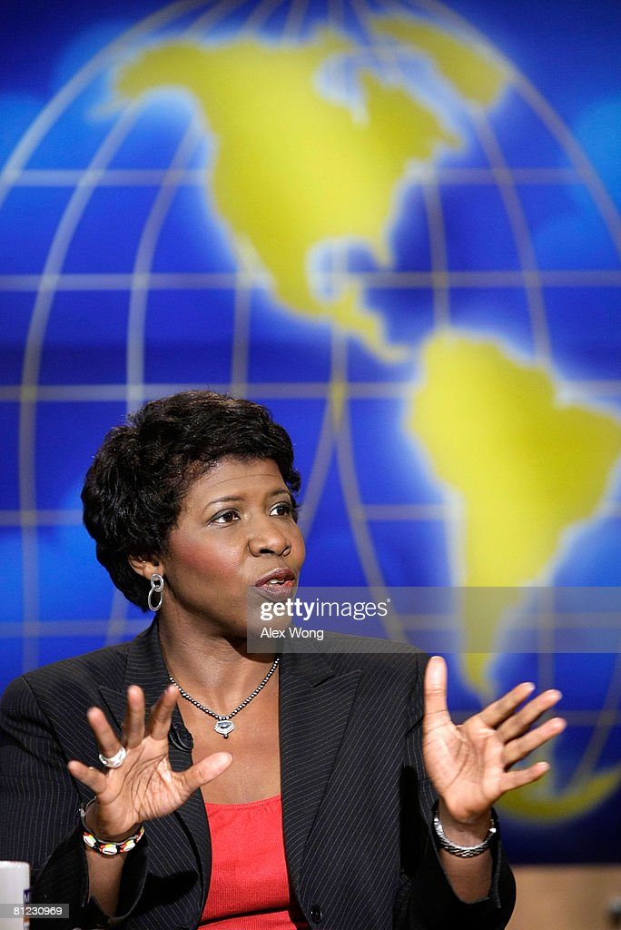Host of PBS's 'Washington Week' Gwen Ifill speaks during a taping of 'Meet the Press' at the NBC studios May 25, 2008 in Washington, DC. Ifill discussed topics related to the presidential election in November, 2008.