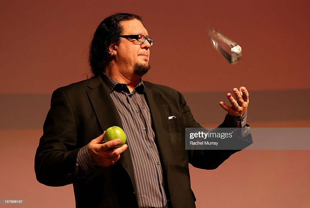 Host <a gi-track='captionPersonalityLinkClicked' href=/galleries/search?phrase=Penn+Jillette&family=editorial&specificpeople=547802 ng-click='$event.stopPropagation()'>Penn Jillette</a> performs onstage during the International Documentary Association's 2012 IDA Documentary Awards at DGA Theater on December 7, 2012 in Los Angeles, California.