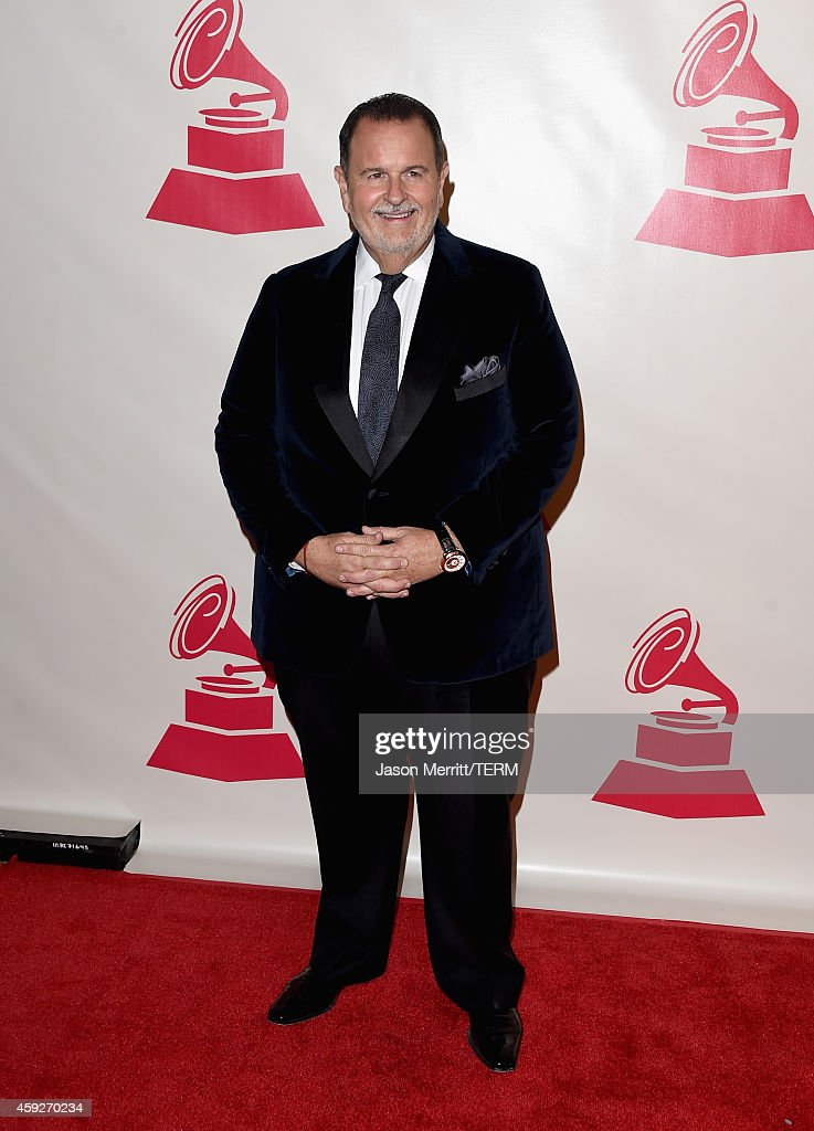 2014 Person Of The Year Honoring Joan Manuel Serrat - Arrivals