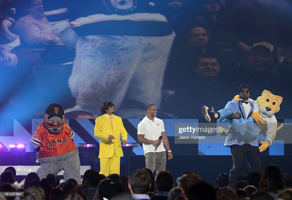 Host Shaquille O'Neal carries Denver Nuggets/NBA mascot Rocky onstage at the Third Annual Hall of Game Awards hosted by Cartoon Network at Barker Hangar on February 9, 2013 in Santa Monica, California. 23270_003_JK_0763.JPG