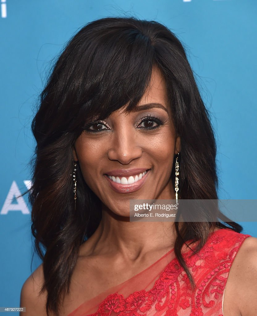 TV host <a gi-track='captionPersonalityLinkClicked' href=/galleries/search?phrase=Shaun+Robinson&family=editorial&specificpeople=209263 ng-click='$event.stopPropagation()'>Shaun Robinson</a> attends The Geffen Playhouse's 'Backstage at the Geffen' Gala at The Geffen Playhouse on March 22, 2015 in Los Angeles, California.