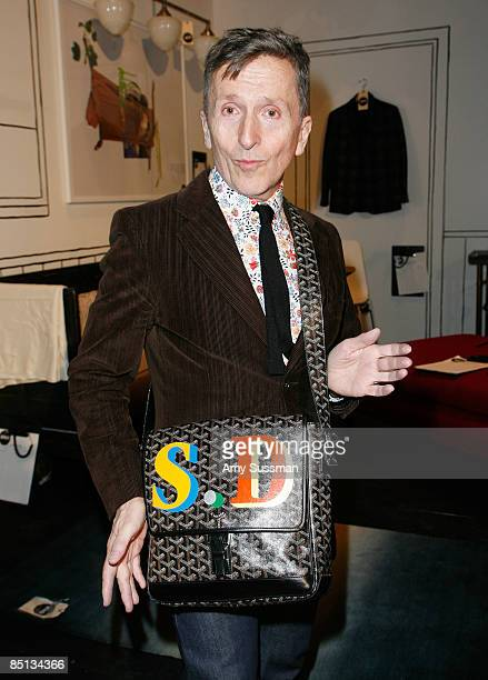 Host Simon Doonan attends the 21st annual Bailey House auction and party at Roseland Ballroom on February 26 2009 in New York City
