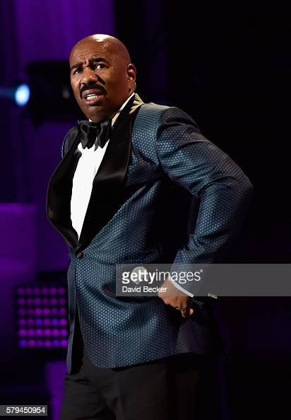 Steve harvey hoodie awards 2016