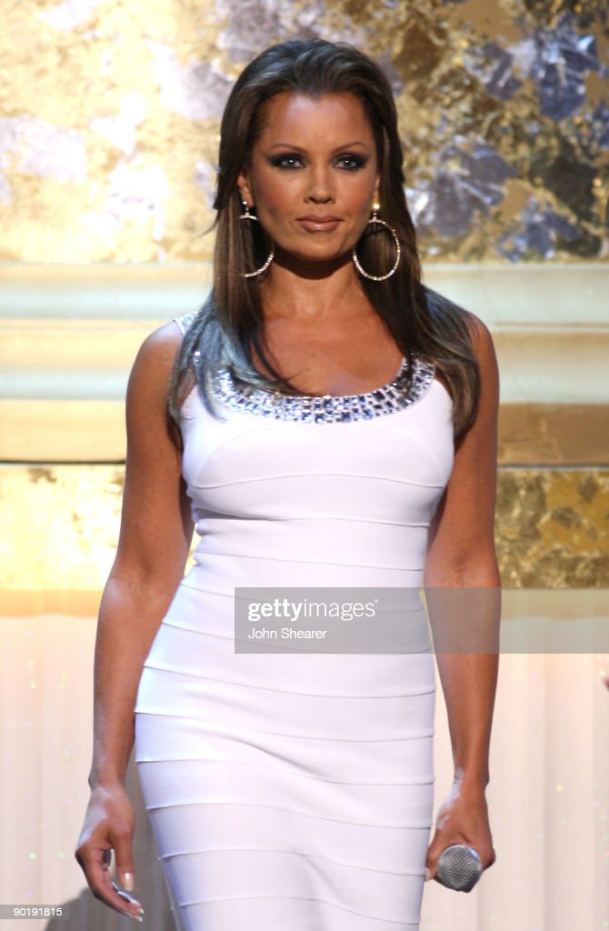 Host Vanessa Williams performs during the 36th Annual Daytime Emmy Awards at The Orpheum Theatre on August 30, 2009 in Los Angeles, California.