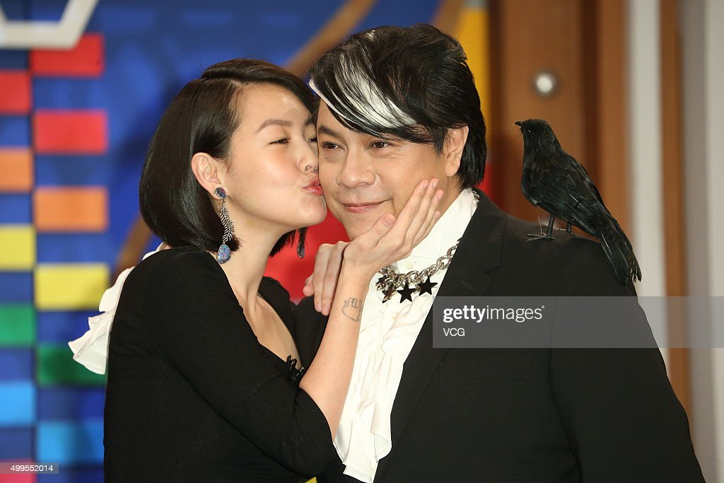 Hosts <a gi-track='captionPersonalityLinkClicked' href=/galleries/search?phrase=Dee+Hsu&family=editorial&specificpeople=4238913 ng-click='$event.stopPropagation()'>Dee Hsu</a> (L) and Kevin Tsai in action during the last taping of 'Kangxi Talk Show' at Chung T'ien Television on December 2, 2015 in Taipei, Taiwan.
