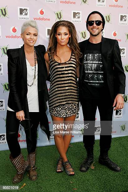 Hosts Ruby Rose Darren McMullen and VJ Erin McNaught arrive for the 2009 MTV Summer Party at the Hyde Park Barracks on December 1 2009 in Sydney...