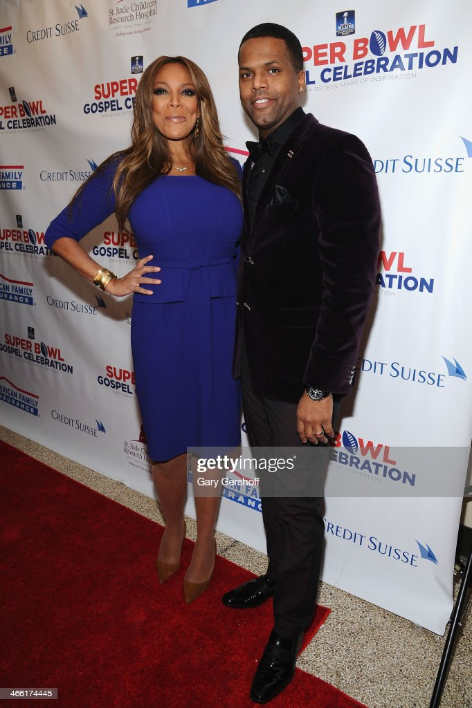 Hosts <a gi-track='captionPersonalityLinkClicked' href=/galleries/search?phrase=Wendy+Williams&family=editorial&specificpeople=4134023 ng-click='$event.stopPropagation()'>Wendy Williams</a> (L) and A. J. Calloway attend the Super Bowl Gospel Celebration 2014 on January 31, 2014 in New York City.