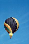 A hot air balloon