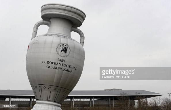 trophy balloon in sydney - photo#2