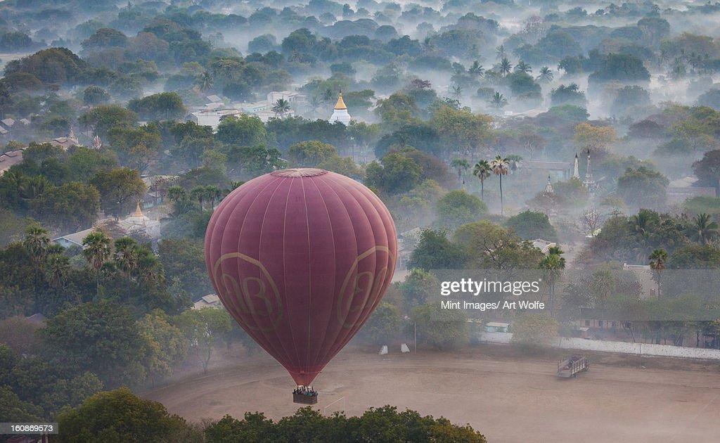 Hot-air balloon, Bagan, Myanmar : Stock Photo