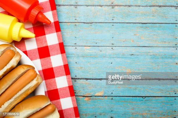 Hotdog und Zutaten