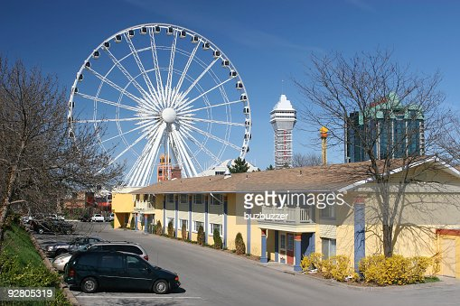 Hotel in downtown Niagara Falls City : Stock Photo