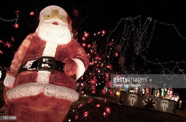 A house at 121 Garfield Rd displays it''s Christmas lights as a continuing tradition since 1972 December 10 2000 in Dedham MA In continuing with the...