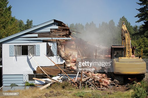 House being bulldozed in Vancouver