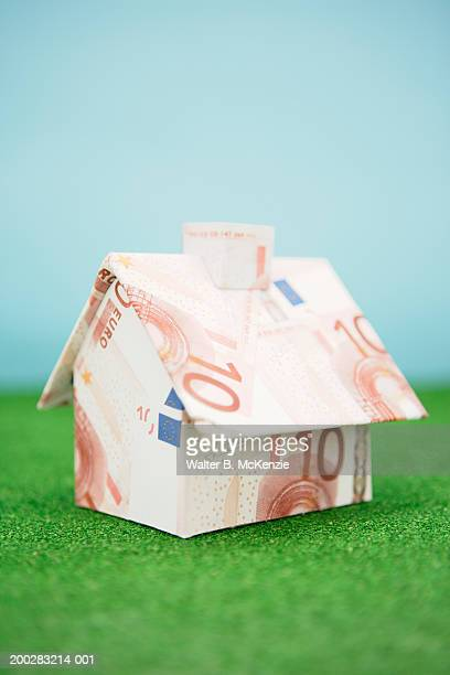 House made of Euro notes