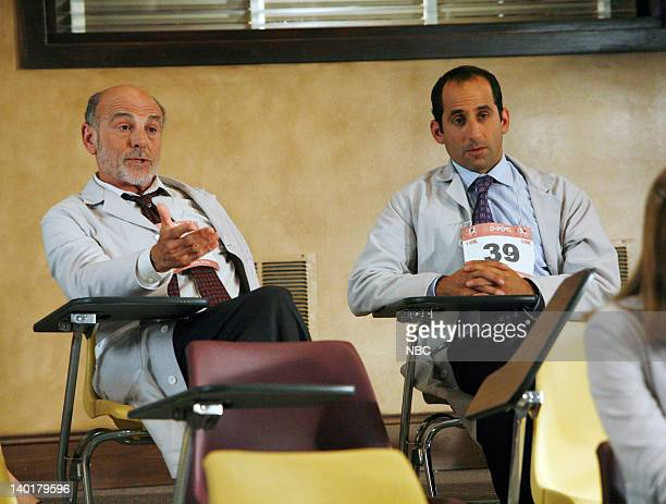 House 'The Right Stuff' Episode 2 Pictured Carmen Argenziano as Henry Dobson Peter Jacobson as Dr Chris Taub