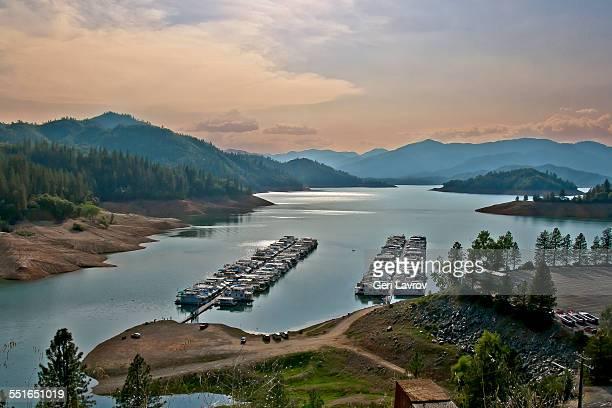 Houseboats at Lake Shasta: by Redding, California