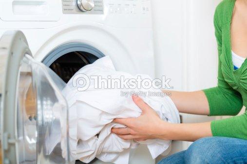 entretien avec une machine laver photo thinkstock. Black Bedroom Furniture Sets. Home Design Ideas