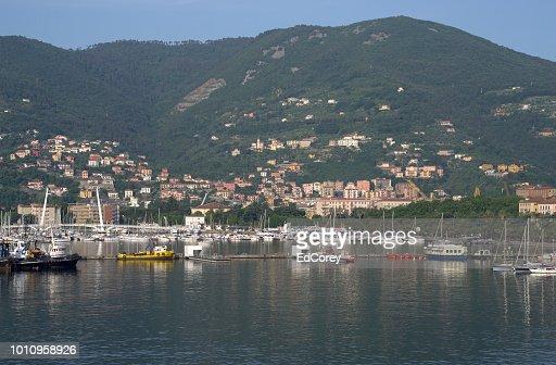 Houses around the Port of La Spezia : Foto stock