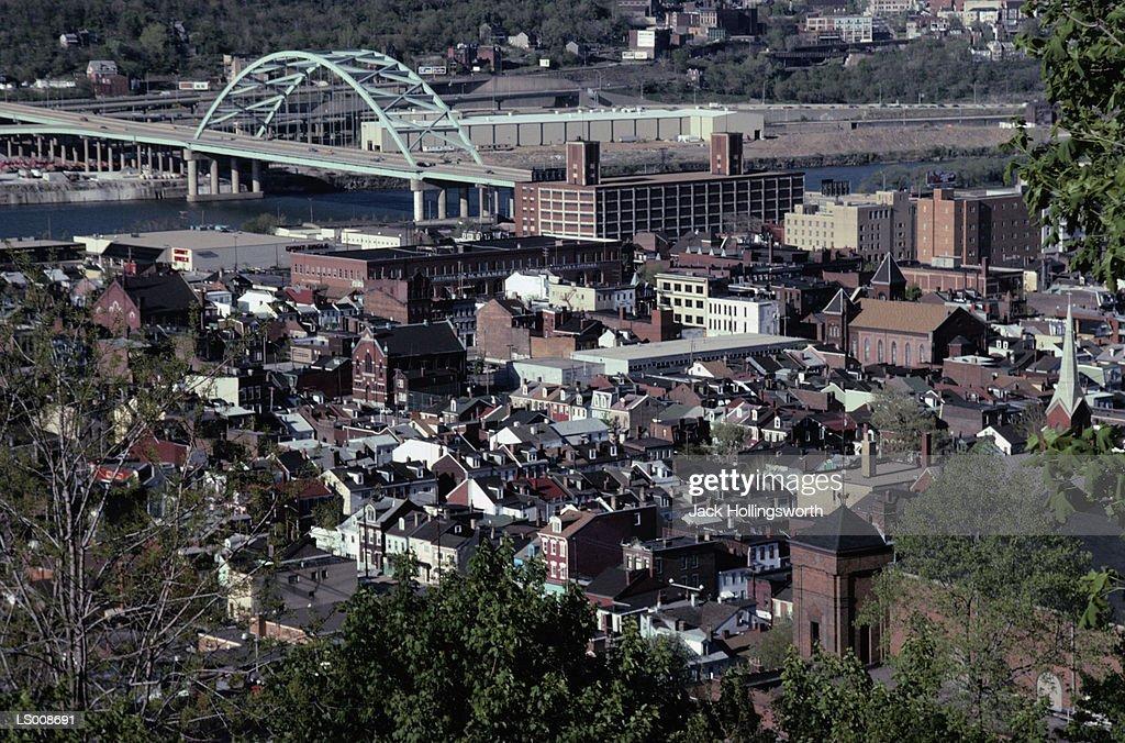 Houses in Pittsburgh, Pennsylvania : Stock Photo