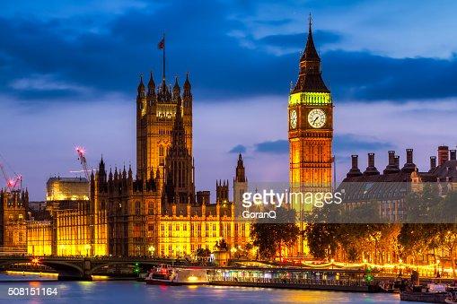 Case del Parlamento di notte, Westminster, Londra, Regno Unito