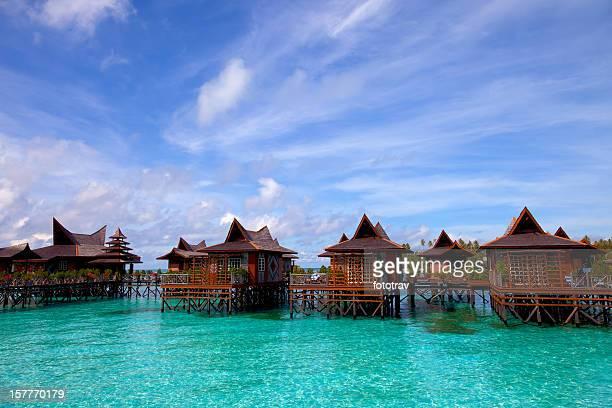 Acqua villaggio sull'Isola di Mabul, Sipadan, Borneo Malesia