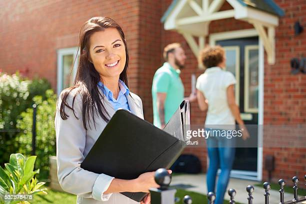 housing development saleswoman