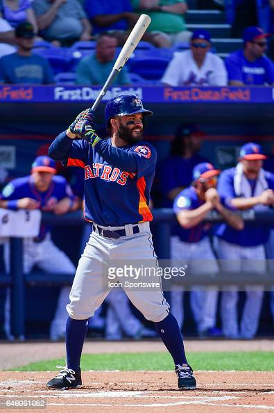 Houston Astros infielder Jose Altuve smiles as he prepares to hit during a Spring Training game between the Houston Astros and New York Mets on...