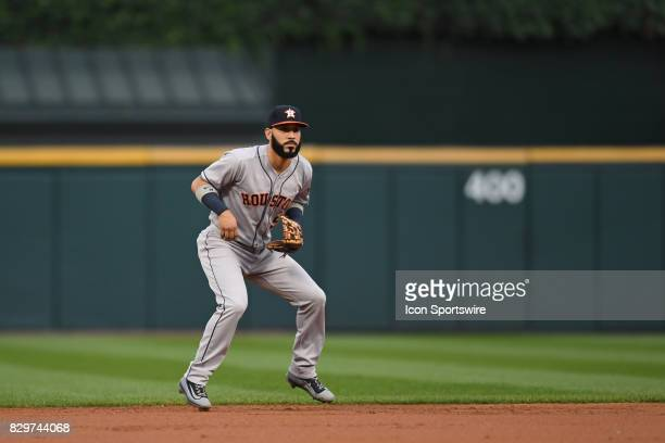 Houston Astros shortstop Marwin Gonzalez prepares to field a ground ball during a game between the Houston Astros and the Chicago White Sox on August...