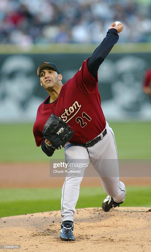 Houston Astros starting pitcher <a gi-track='captionPersonalityLinkClicked' href=/galleries/search?phrase=Andy+Pettitte&family=editorial&specificpeople=201753 ng-click='$event.stopPropagation()'>Andy Pettitte</a> pitches during the game against the Chicago White Sox June 23, 2006 at U.S. Cellular Field in Chicago, Illinois. Pettitte and the Astros were trailing the White Sox 6-0 after 4 innings.