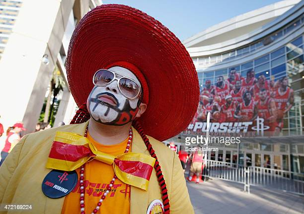 Houston Rockets fan waits outside the arena prior to the start of the game between the Los Angeles Clippers and Houston Rockets during Game One in...