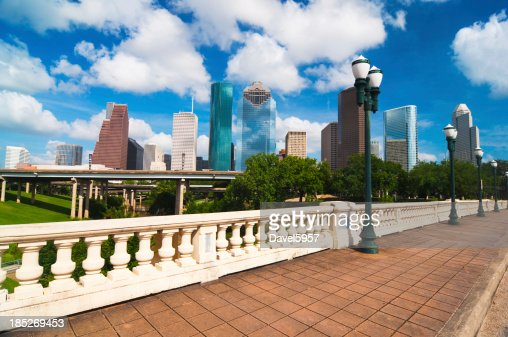 skyline di Houston, ponte, e la storica lampada post