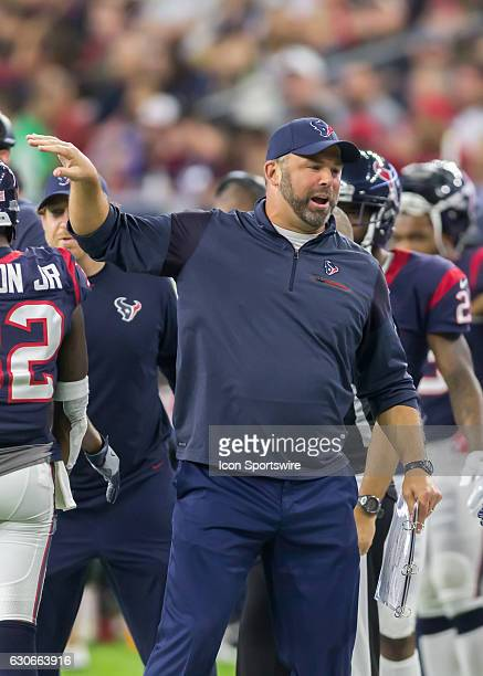 Houston Texans assistant special teams coach Doug Colman gives instructions during the NFL game between the Cincinnati Bengals and Houston Texans on...