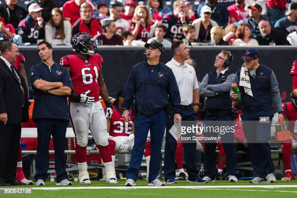 Houston Texans head coach Bill O'Brien looks up at the screen during the football game between the San Francisco 49ers and the Houston Texans on...