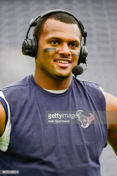 Houston Texans quarterback Deshaun Watson performs an interview following the football game between the Cleveland Browns and the Houston Texans on...