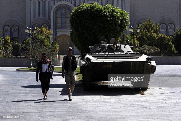 Houthi militants take security measures around Presidential Palace as they got the control after constitutional declaration issued by the Shiite...