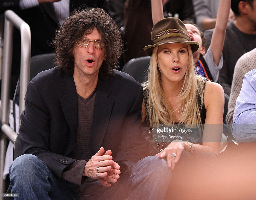 <a gi-track='captionPersonalityLinkClicked' href=/galleries/search?phrase=Howard+Stern+-+Media+Personality&family=editorial&specificpeople=211543 ng-click='$event.stopPropagation()'>Howard Stern</a> and Beth Ostrosky attend San Antonio Spurs vs NY Knicks game at Madison Square Garden in New York City on February 8, 2008.