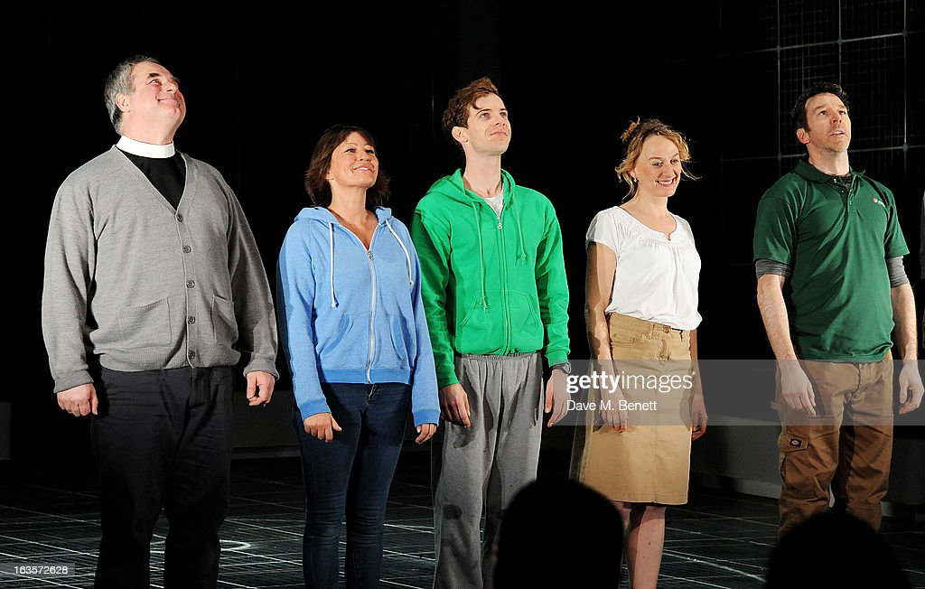 Howard Ward, Holly Aird, Luke Treadaway, Niamh Cusack and Sean Gleeson bow at the curtain call during the press night performance of 'The Curious Incident of the Dog in the Night-Time' at The Apollo Theatre on March 12, 2013 in London, England.
