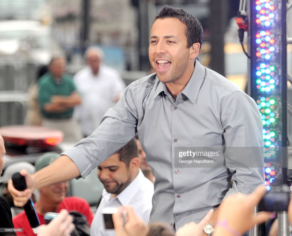 Howie Dorough of the Backstreet Boys perform on CBS' The Early Show Summer Concert Series at the CBS Early Show Studio Plaza on May 24, 2010 in New York City.